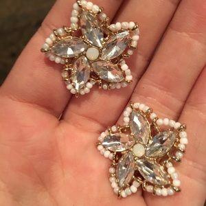 BaubleBar Ice flower stud earrings